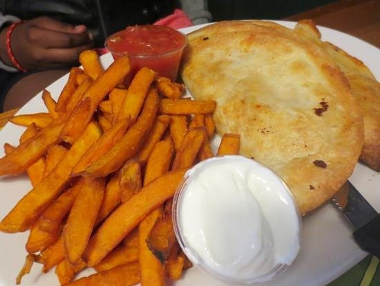 Barrington Brewery & Restaurant: Chicken quesadilla
