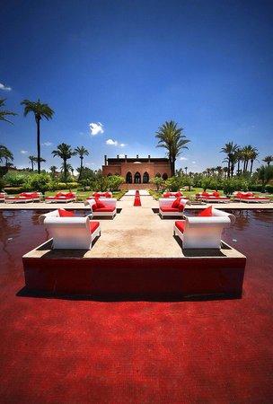 Murano Resort Marrakech : Red pool !!'