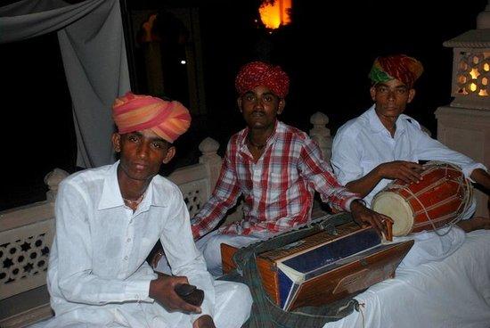 Vivanta by Taj - Hari Mahal, Jodhpur: Local singers