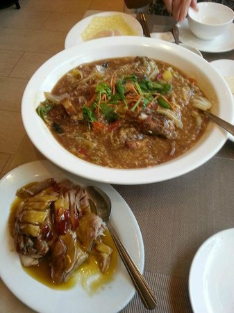 Fatty Weng Restaurant: Fish dish ,