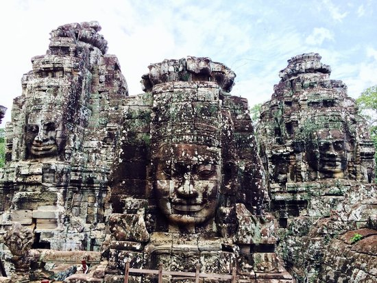 Angkor Tourist Guide