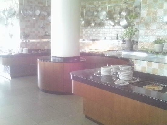 The 5th Floor: The buffet