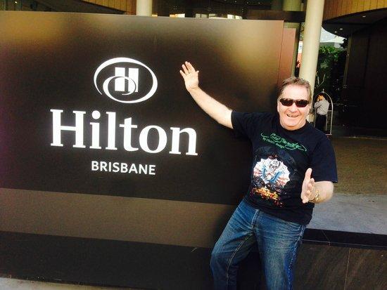 Hilton Brisbane: Elizabeth Street entrace