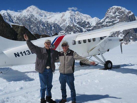 Talkeetna Air Taxi: Tom and Pilot Dave