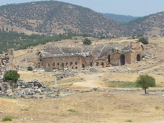 Hierapolis & Pamukkale: Hierapolis