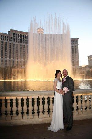 Scenic Las Vegas Weddings Chapel The Bellagio Fountain