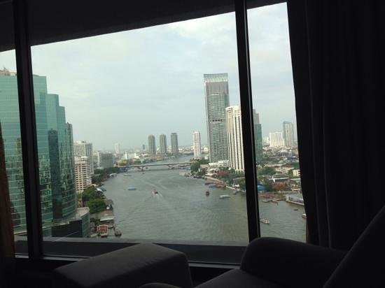 Royal Orchid Sheraton Hotel & Towers : view from room