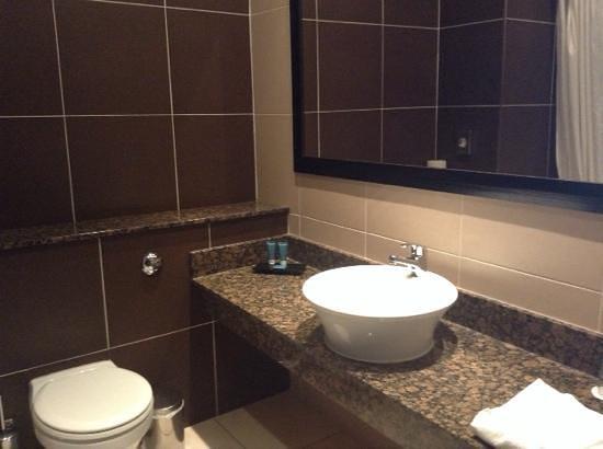 Talbot Hotel Carlow : salle de bain 207