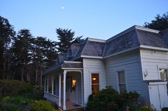 The Elk Cove Inn & Spa : Craftsman Mansion