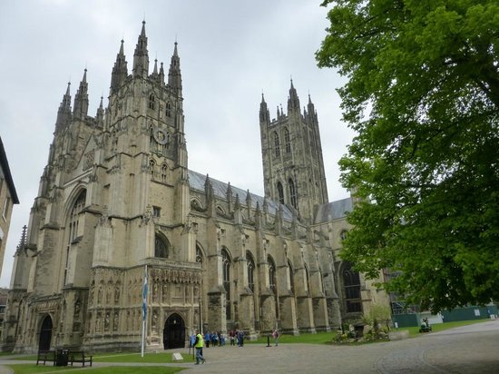 International Friends: Canterbury Cathedral