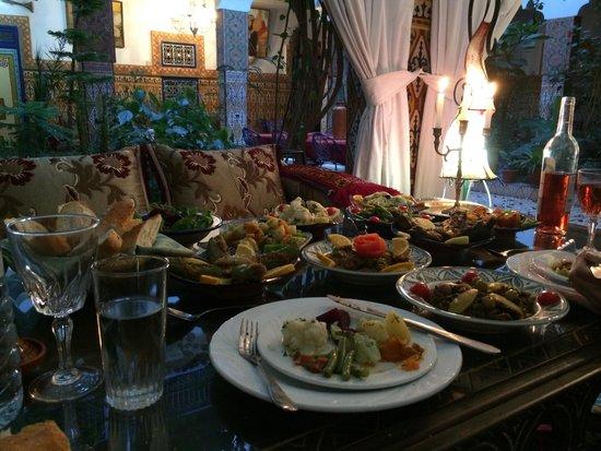 Riad Maryam Restaurant : The ten veg entrees