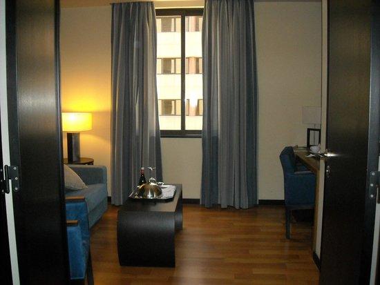 Hotel Lisboa: entrada do quarto