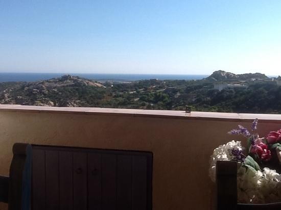 B&B Smeralda: breakfast view