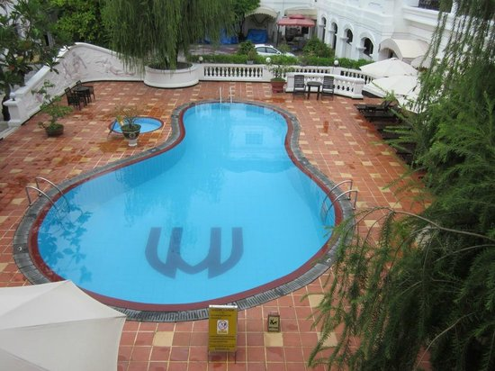 Hotel Saigon Morin: Wonderful deep pool