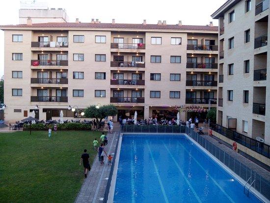 Aparthotel Olimar II: Piscina grande