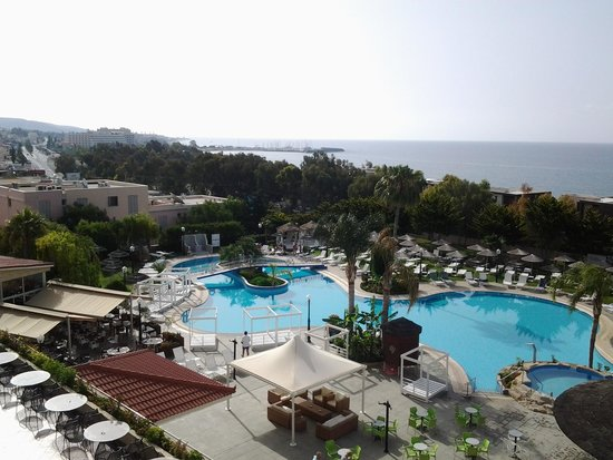 Atlantica Bay Hotel: This was the view from our room 323