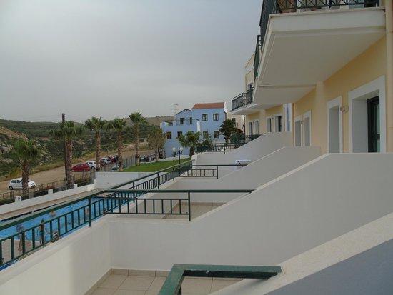 Camari Garden Apartments: DAL BALCONE