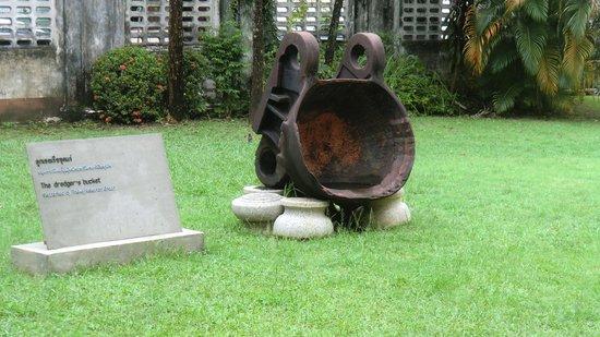 Phuket Thaihua Museum: Excavator