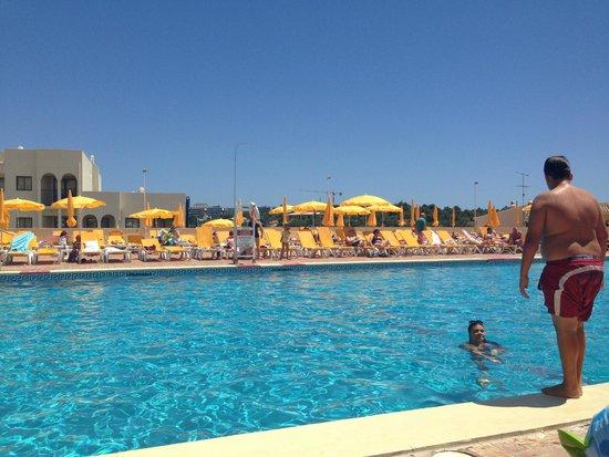 Luna Clube Brisamar: Hotel Pool
