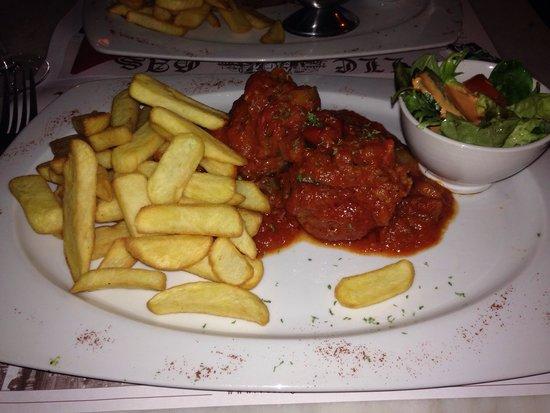 Le Volle Gas: Meatballs in tomato sauce