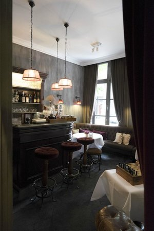Pand Hotel Small Luxury Hotel: Bar