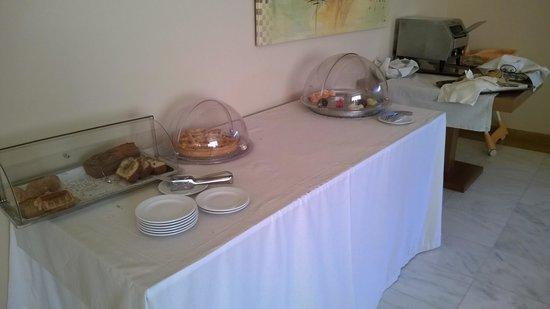 Dekelia Hotel: Frühstück .... da ist noch reichlich Potential für 4****