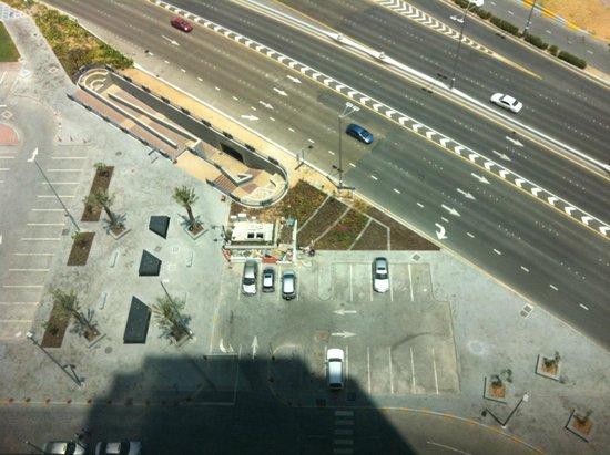 Sofitel Abu Dhabi Corniche: Blick aus dem Hotelzimmer (Meerblick)