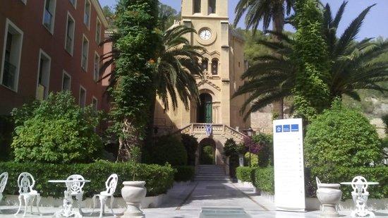 Hotel Levante-Balneario de Archena: Exterior