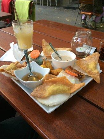Saigon and More: Assiette entrees pas mal du tout