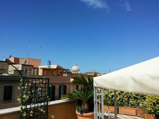 Domus Carmelitana: hotel terrace overlooking the Vatican