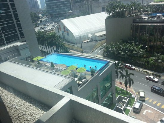 Impiana KLCC Hotel: Pool was alright, nothing to boast about.