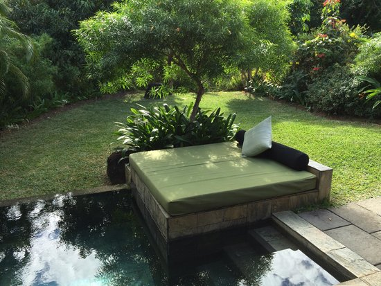 Four Seasons Resort Mauritius at Anahita : The plunge pool!