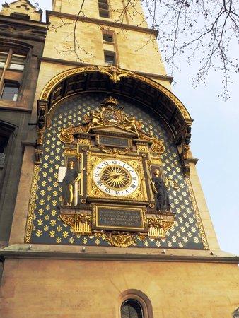 Conciergerie: oldest public clock
