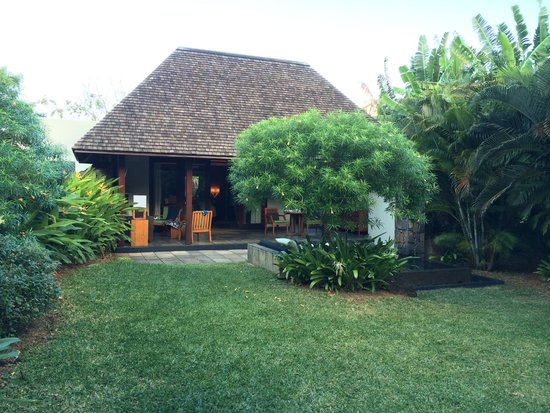 Four Seasons Resort Mauritius at Anahita: Our villa as seen from our garden