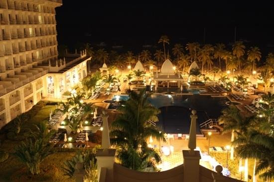 Hotel Riu Palace Aruba: Night