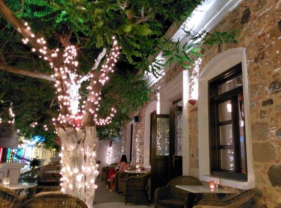 The Garden: La terrasse