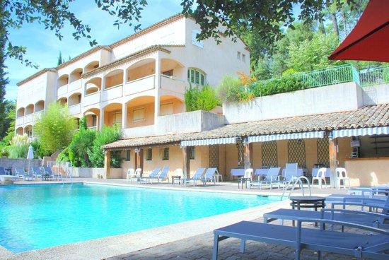 Photo of Hotel Les 3 Barbus Generargues