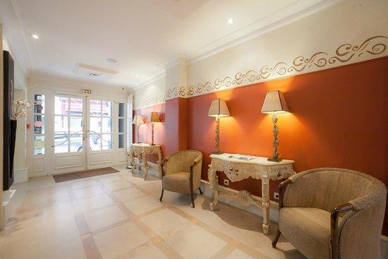 Hotel Jardin Le Brea: Réception / Lobby