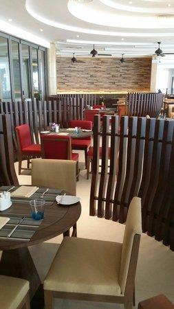 Grand Mercure Phuket Patong: Fajny nowy hotel.