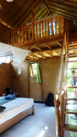 Little Woodstock Homestay : chambre à trois