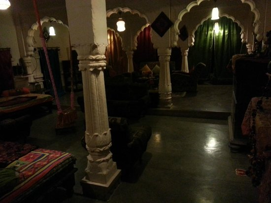 Hotel Haveli Jodhpur: inside of hotel