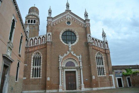 Madonna dell'Orto: Voorzijde