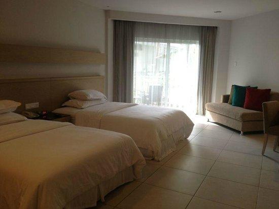Century Langkasuka Resort: غرفة النوم
