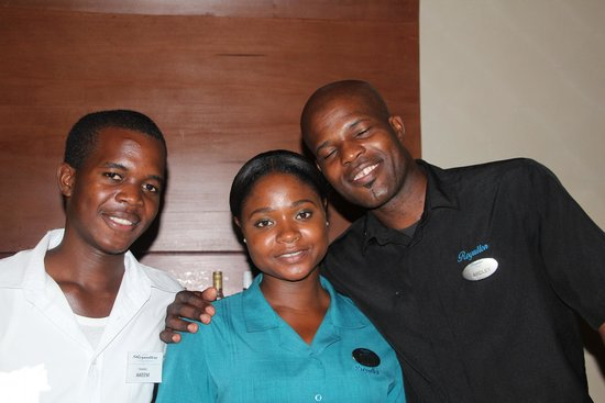Royalton White Sands Resort: Some great staff...