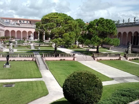 The Ringling: Outdoor gardens