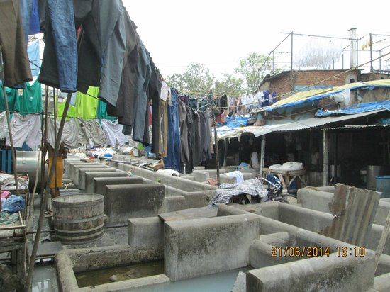 Dhobi Ghat : World's largest open-air laundry in Mumbai.