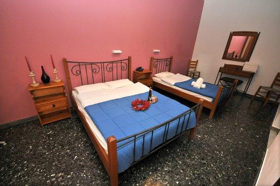 Hotel Galaxy: Τρίκλινο δωμάτιο