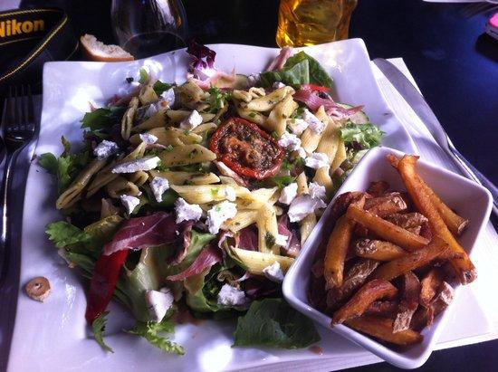 Les Paillottes : Salade estivale