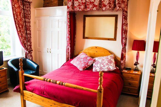 Blorenge House: Room 3