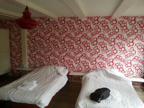 Royal Taste Hotel Amsterdam: la chambre no 8 bcp d escaliers mais super vue
